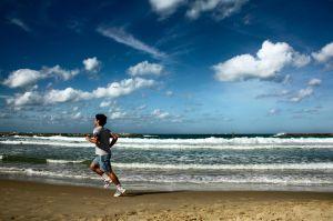 1122022_running_on_the_beach