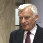 W Limie dobiega końca szczyt klimatyczny. Prof. Jerzy Buzek: UE jako samotny biegacz nie rozwiąże globalnych problemów klimatu