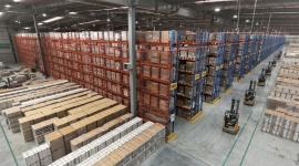 FM Logistic zainwestuje 150 mln USD w magazyny w Indiach BIZNES, Gospodarka - FM Logistic ogłosiła plany pięcioletniej inwestycji o wartości 150 mln USD, obejmującej jej własną przestrzeń magazynową oraz centra dystrybucyjne w Indiach. Dzięki inwestycji, w ciągu pierwszych dwunastu miesięcy, utworzone zostanie blisko 500 nowych miejsc pracy.
