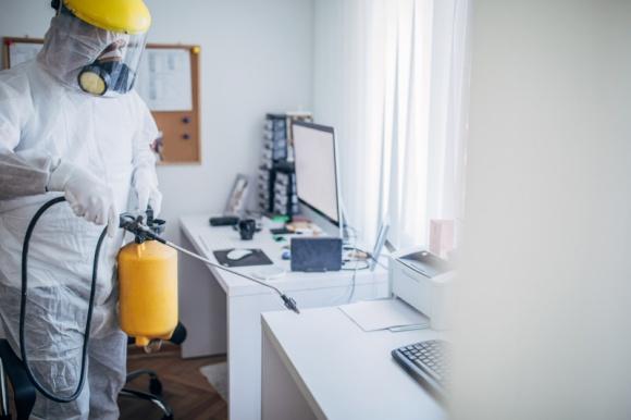 Biuro bez wirusa BIZNES, Gospodarka - Zalecenia WHO dotyczące dezynfekcji miejsc pracy przed powrotem do codzienności sprzed pandemii.