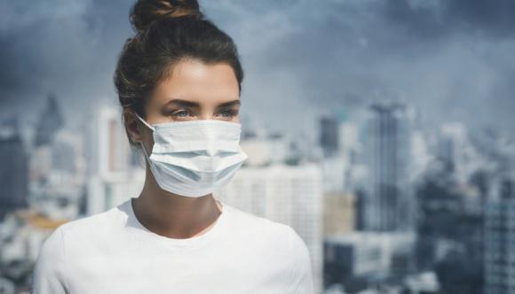 Czy w obliczu pandemii jakość powietrza faktycznie się poprawiła? BIZNES, Gospodarka - W ostatnim czasie w mediach pojawiło się wiele informacji o możliwym pozytywnym wpływie koronawirusa na środowisko, a w szczególności spadku emisji zanieczyszczeń do atmosfery i tym samy pośrednio (...)