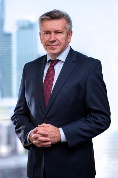 Przedsiębiorcy coraz chętniej korzystają z postępowań restrukturyzacych BIZNES, Gospodarka - Wielu przedsiębiorców nie posiada wystarczającej wiedzy i doświadczenia w zakresie zarządzania firmą podczas głębokiego kryzysu. Nic dziwnego, od czasu wprowadzenia w Polsce mechanizmów gospodarki rynkowej nie mieliśmy do czynienia z tak dużym spadkiem dynamiki gospodarczej.